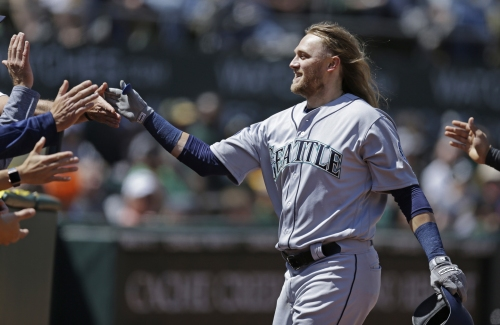 Mariners win 11-1 after Leonys Martin designated for assignment