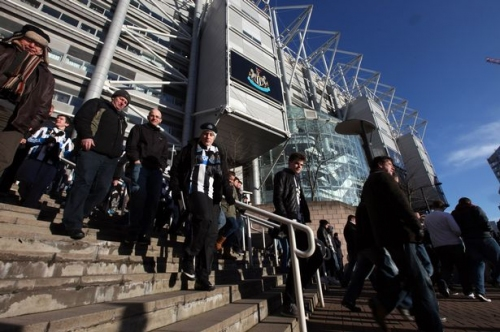 Newcastle United promotion bid LIVE: Fans react ahead of Preston match where Magpies can clinch Premier League football