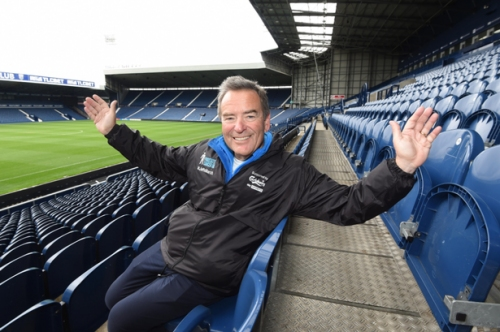 Jeff Stelling can't wait for a 'Scouse welcome' when he visits Everton in charity marathon walk