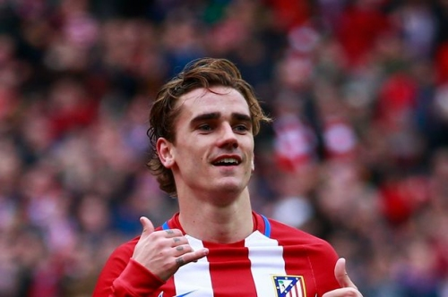Manchester United agree Antoine Griezmann deal and more transfer rumours