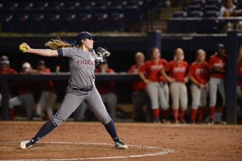 Tigers Take Series from Gamecocks Despite Uninspiring Offense (An Auburn Softball Review)