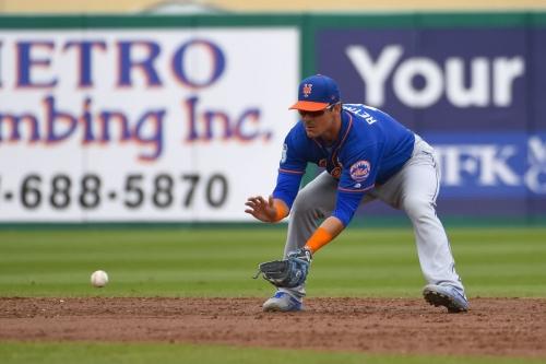 Mets call up Matt Reynolds, send down Sean Gilmartin