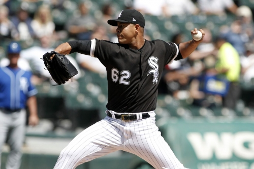 White Sox 5, Royals 2: Quintana K's 10, earns first win in '17