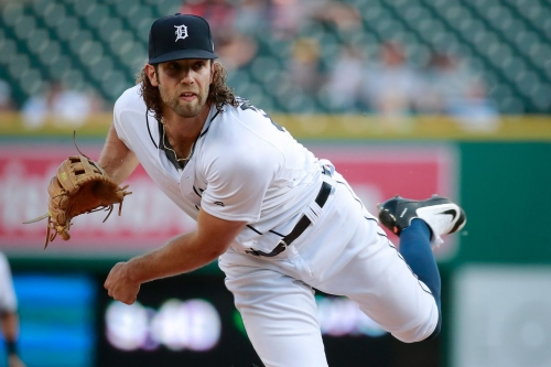 Mariners 8, Tigers 0: Offense should have saved some runs from the past 2 games