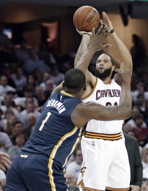 Deron Williams turns it on for Cleveland Cavaliers in playoffs