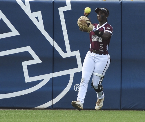 Victoria Draper sets the table, cleans up for No. 9 Auburn sotball in win over Mississippi State
