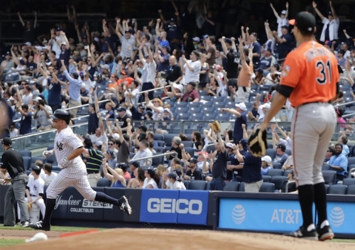 Aaron Judge steals show again in Yankees' blowout win over Orioles | Rapid Reaction