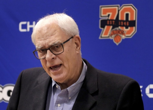 Why Knicks president Phil Jackson recently texted Carmelo Anthony