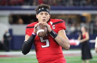 Chiefs top draft pick Mahomes is robbed but unharmed