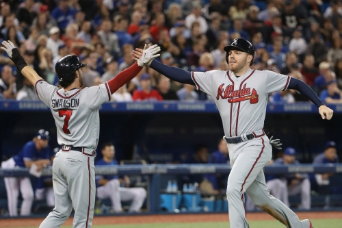 Braves bash Blue Jays with 15-hit barrage in 9-5 win