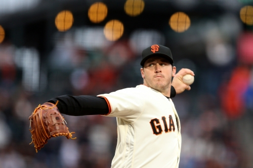 Giants keep rolling, beat Dodgers for their fifth straight victory
