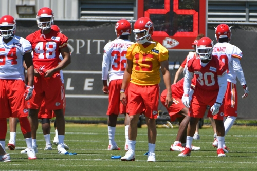 Patrick Mahomes couldn't be with Chiefs last week but will be at OTAs