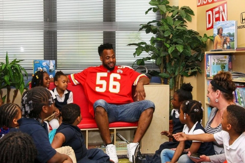 Good guy Derrick Johnson opens 13th discovery den, makes a kid's day