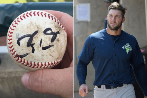 Only Tim Tebow can turn ball he threw at fan's nuts into souvenir