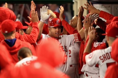 Angels obliterate White Sox 12-8 & Mike Trout is the best player in the universe