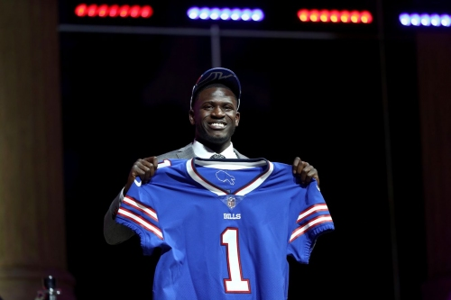 Tre'Davious White signs contract with Buffalo Bills
