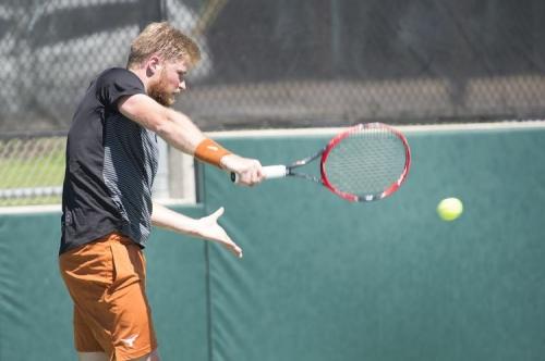 Texas men's tennis advances to NCAA quarterfinals