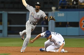WATCH: Marlins turn 4 double plays against the Dodgers