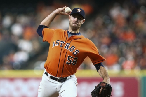Angels sign free agent pitcher Doug Fister
