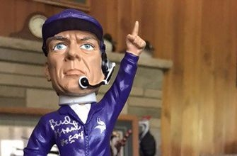 Top Tweets: Bud Grant's bobbleheads are big business