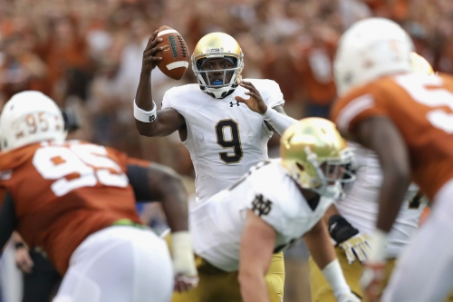 Report: Texas is a finalist for Notre Dame graduate transfer QB Malik Zaire