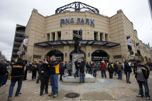 Cubs open 3-game series vs. Pirates at PNC Park