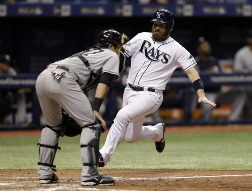 Yankees bullpen falls apart late in loss to Rays