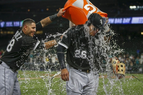 White Sox 16, Mariners 1: A complete game