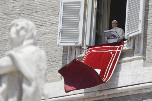 Pope Francis names new cardinals for Laos, Mali, Sweden, Spain, Salvador