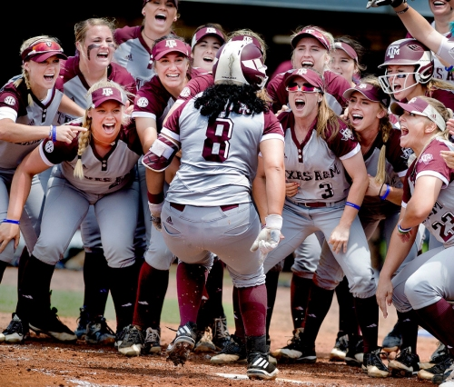 A&M's softball win over Texas shows Lone Star Rivalry still matters