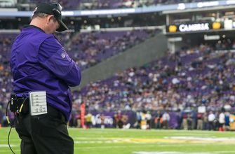 Coach Zimmer will miss Vikings OTAs to recover from eye surgery