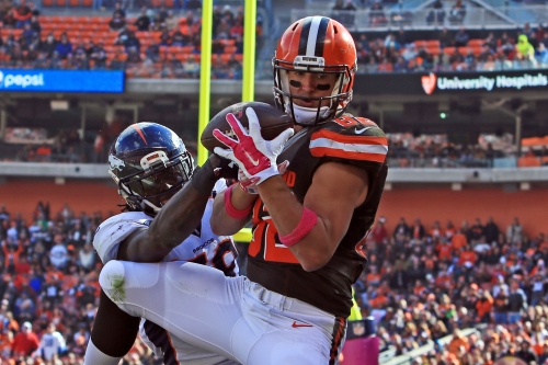 Broncos have talked with free agent TE Gary Barnidge