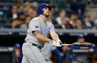 Power-hitting Royals look for another win over Yankees
