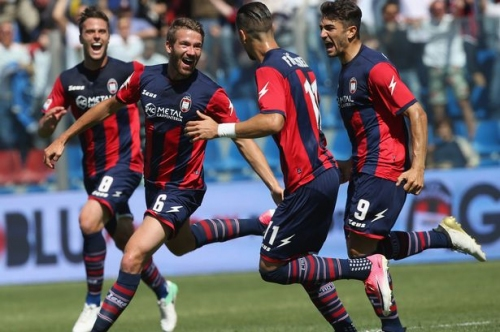 West Brom and Marcus Rohden: Assessing the link with the Crotone midfielder