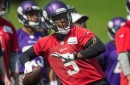 Vikings' Bridgewater can drop back on injured leg, not cleared to practice