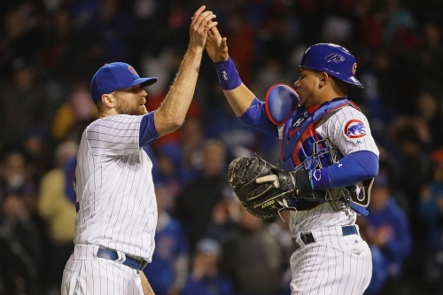 Cubs go for series sweep over Giants