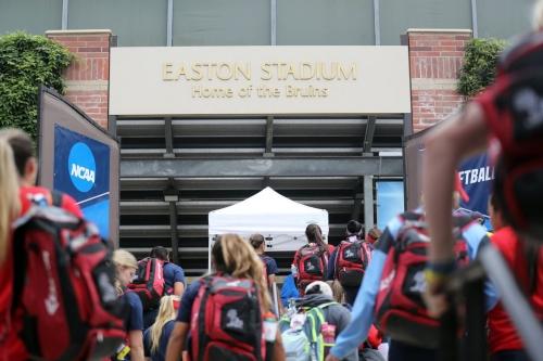 Softball heads to UCLA for super regional