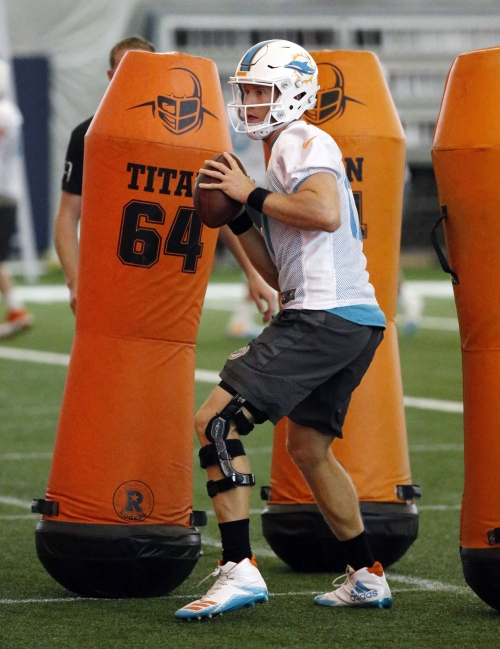 Dolphins' Ryan Tannehill says he has healed from knee injury The Associated Press