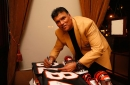 Anthony Munoz working with Browns during OTAs