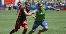 Sounders score early, hang on to win a 1-0 slugfest over Portland