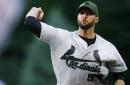 Wainwright dominates as Cardinals defeat Rockies 3-0