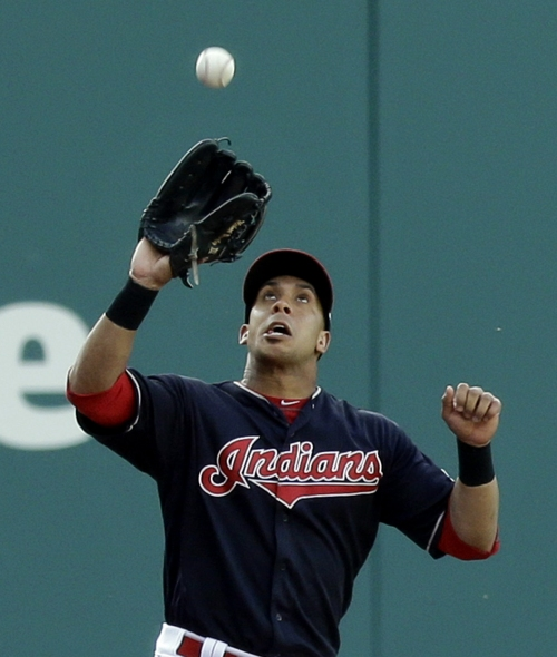 Michael Brantley gets outfield assist in 2nd straight game for Indians