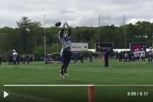 Former Colts TE Dwayne Allen is struggling during Patriots minicamp