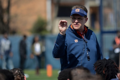 Malzahn not concerned about lack of commitments at Big Cat weekend