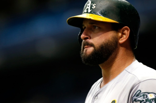 Yonder Alonso leads AL first basemen in All-Star voting