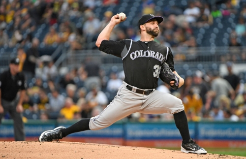Rockies waste strong start by Tyler Chatwood, lose to Pirates