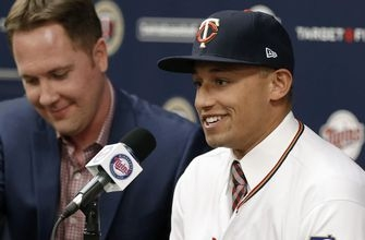 Twins sign No. 1 pick Royce Lewis