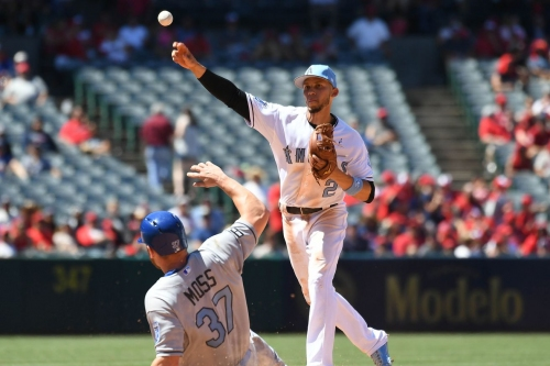 Angels go back to old losing ways against Kansas City on Fathers Day