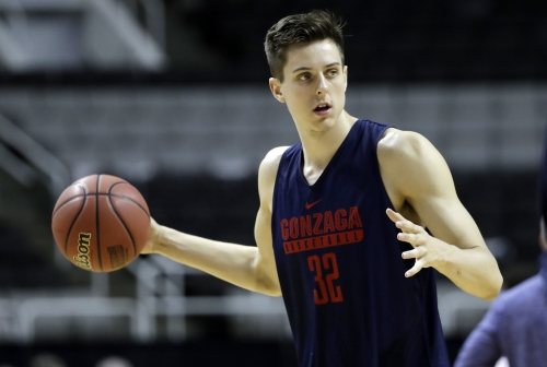 NBA Draft: Lakers work out Gonzaga's Zach Collins in case they trade down in draft