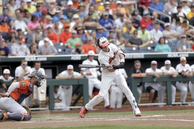 Live updates: No. 1 Oregon State takes on No. 4 LSU in marquee College World Series matchup